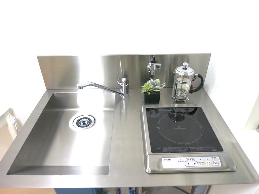 デザイン性の高いシンプルキッチンIMG_5943