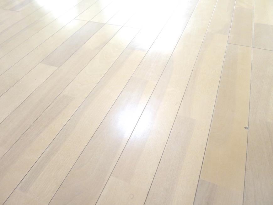 柔らかい色合いの床IMG_6032