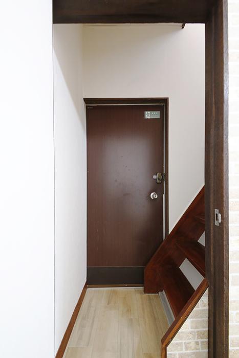 向こうにドアがもう一枚・・・?_MG_0656