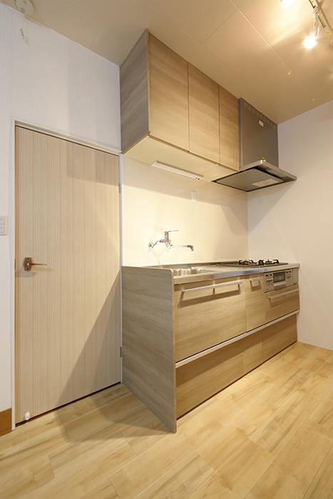 温もりのあるキッチンは真新しい佇まい_MG_0814