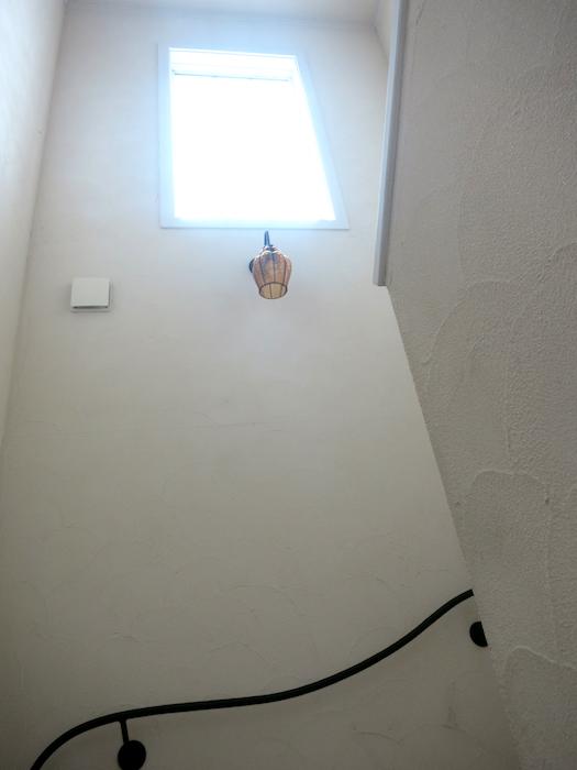 抜き抜けの高い窓IMG_6735