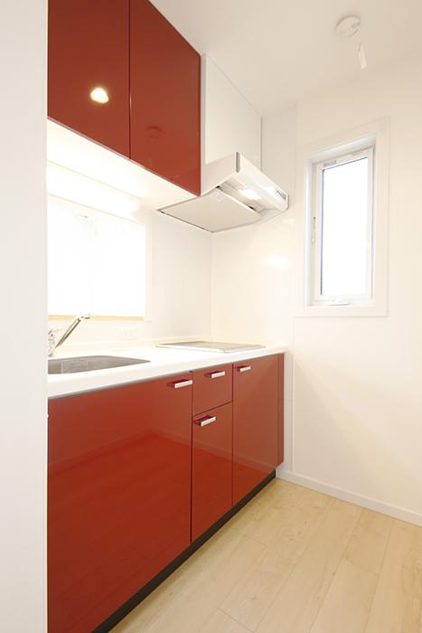とっても人気の赤いキッチン_MG_3864