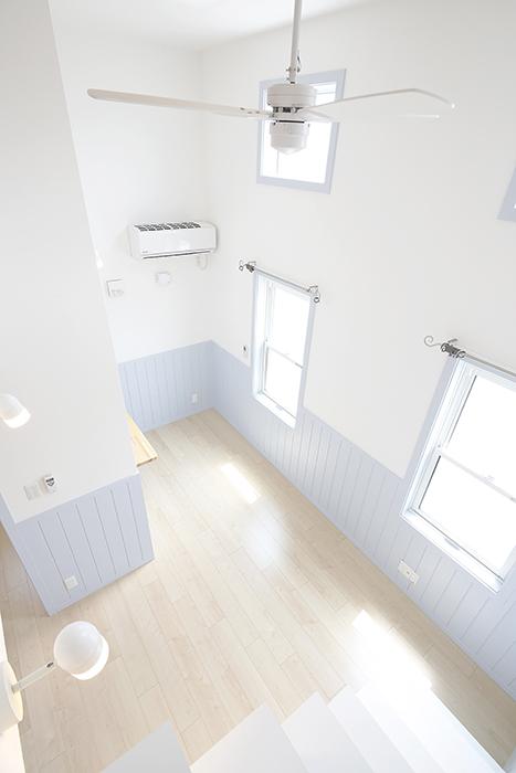 天井にはシーリングファンもついています。_MG_4550