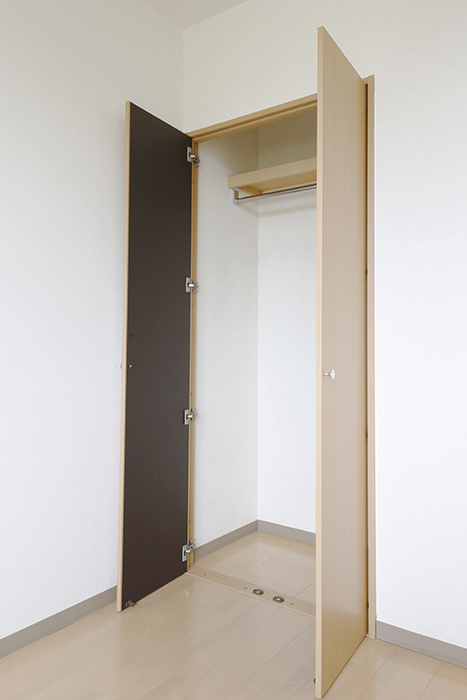 こちらの部屋にはクローゼット収納アリ☆_MG_8355