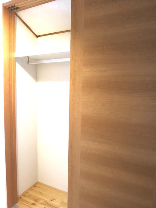 2階階段廊下収納6954
