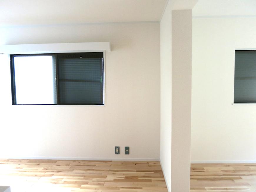 白い壁優しい無垢の床_7189