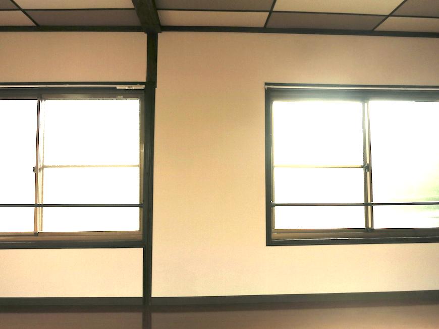 明るい窓辺。【呼明家(古民家)スタジオ TASHIRO 1959】_7386