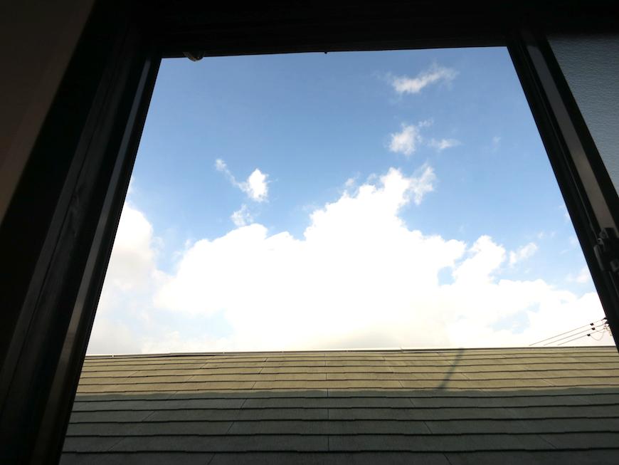 青空が広がる窓の外【呼明家スタジオ TASHIRO 1959】_7395_7390