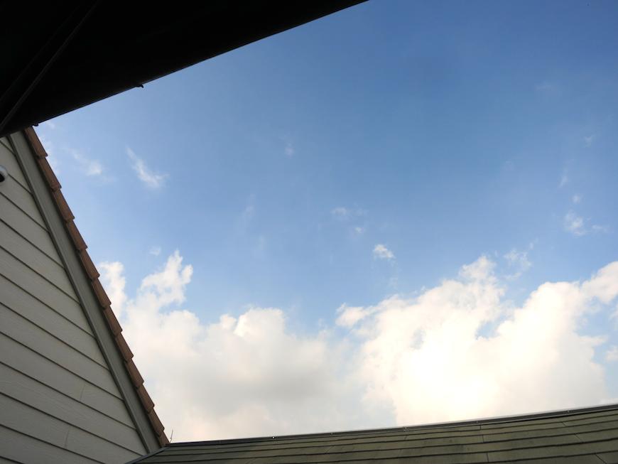 青空が広がる窓の外【呼明家スタジオ TASHIRO 1959】_7395