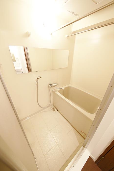 こちらバスルームです_MG_9430