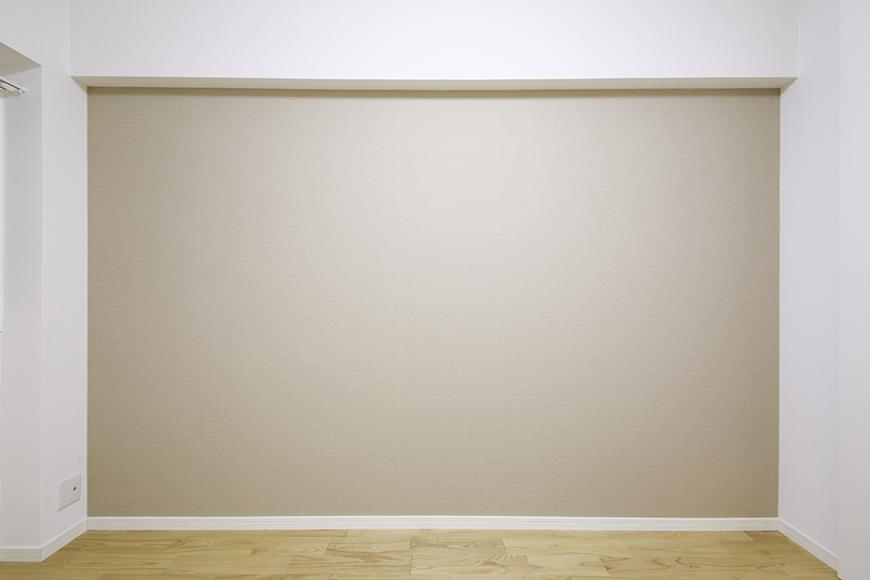 そう、このアクセントクロス!壁紙!色合いが良いので、とっても落ち着く雰囲気のお部屋に仕上がっているのです_MG_9482
