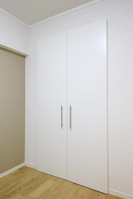 こちらのお部屋にはクローゼット収納アリ!_MG_9486