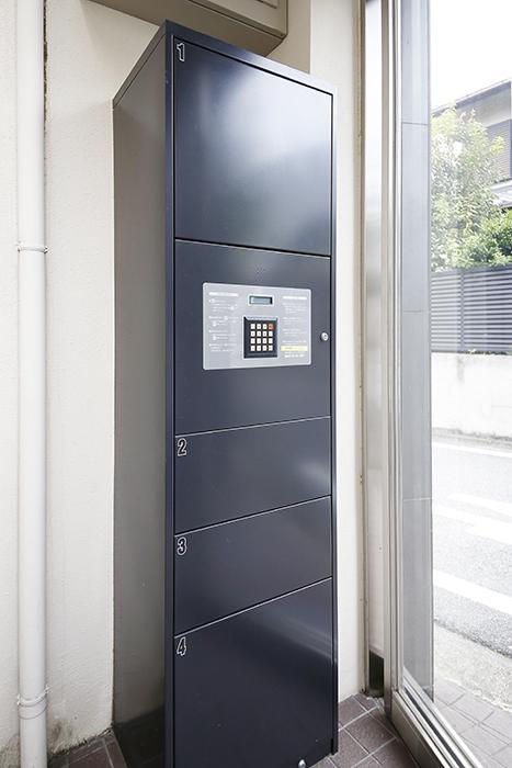 オートロック内側には宅配ボックス完備!_MG_9686