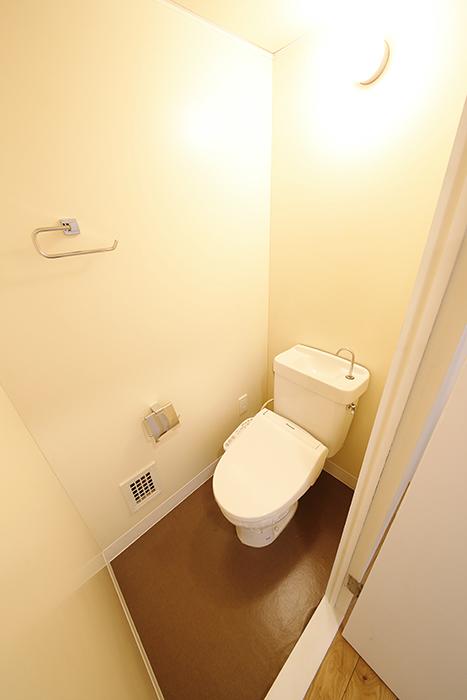 温もりのあるトイレはこんな感じです!_MG_9827
