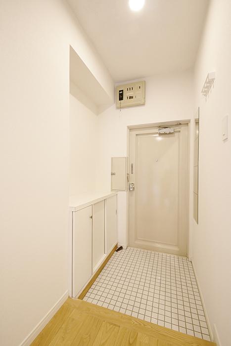 白を基調としたスタイルでスッキリ・キレイな玄関!_MG_9870