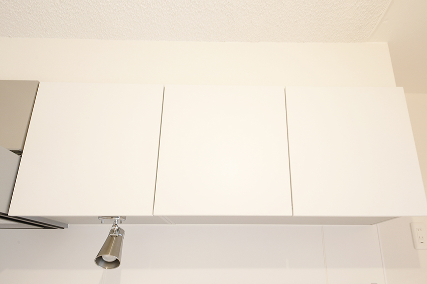 キッチン頭上の収納もバッチリです!_MG_9923