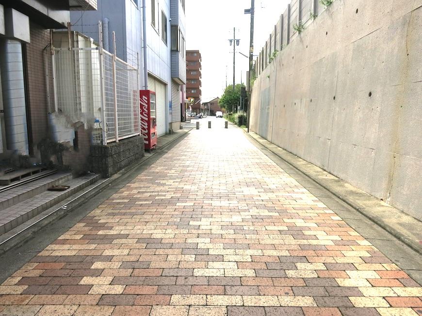 名和野町をお散歩♪プリマフェニーチェ壱番館まで。