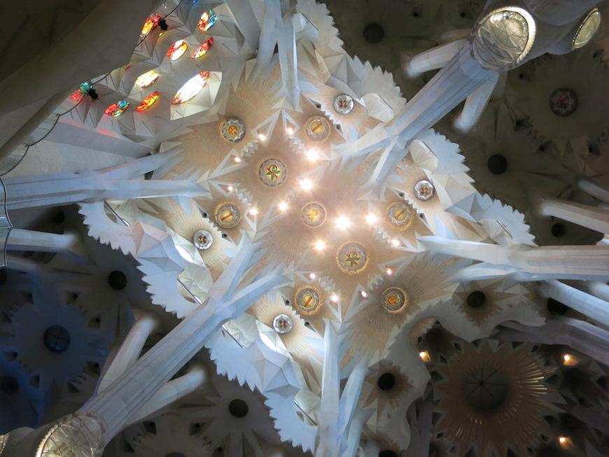 天井の装飾もとても美しいです。_IMG_3060