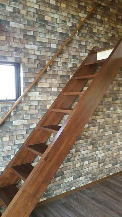 ロフトに上がる階段_7626_rth