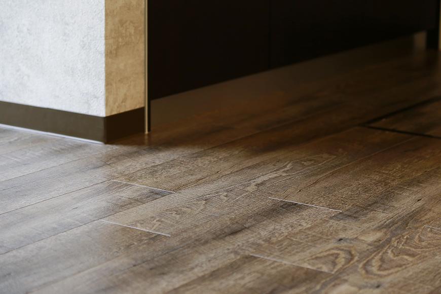 床材も渋くてとても素敵_MG_3092