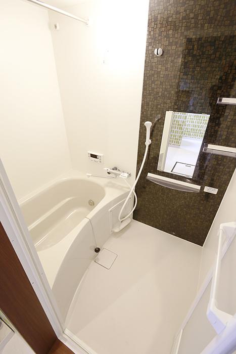 バスルーム!  高級感溢れる内装に仕上がっています♪_MG_3366