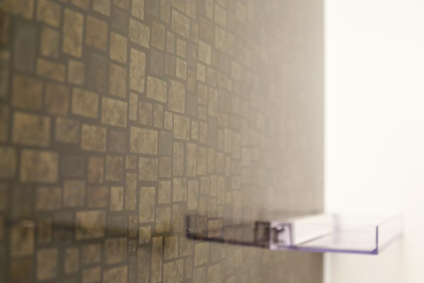 高級感溢れるバスルームの壁です_MG_3392
