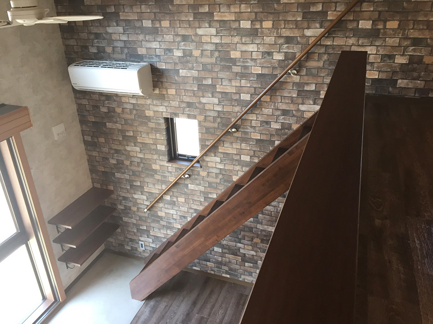 ロフトから下を眺めたところ(1階、1K+ロフトのお部屋)_S__10354699_rth