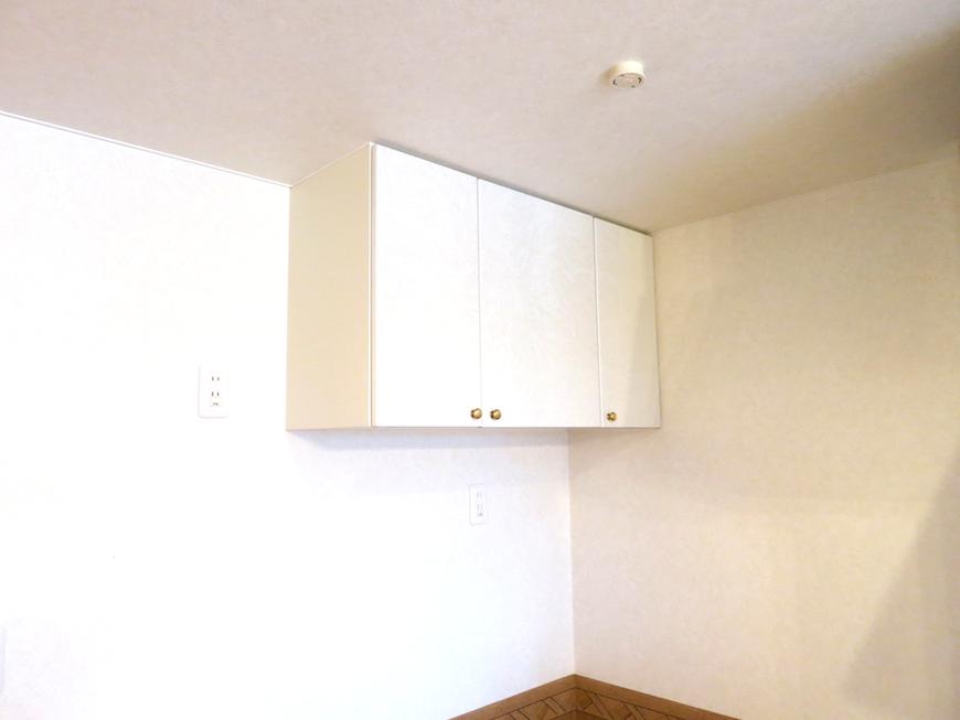 キッチン上収納。虹と空とリベルテ(Liberte)と。優しい自由がある空間。_7747