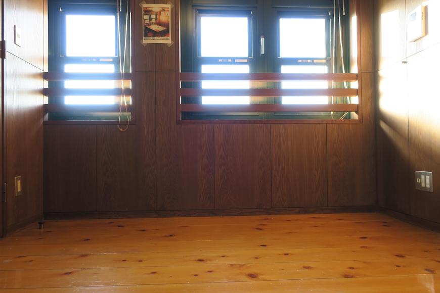 【2000 HOUSE】極上アンティーク空間 窓辺の景色。