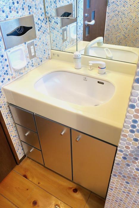 【2000 HOUSE】極上アンティーク空間 ちょっとレトロな洗面・バスルーム
