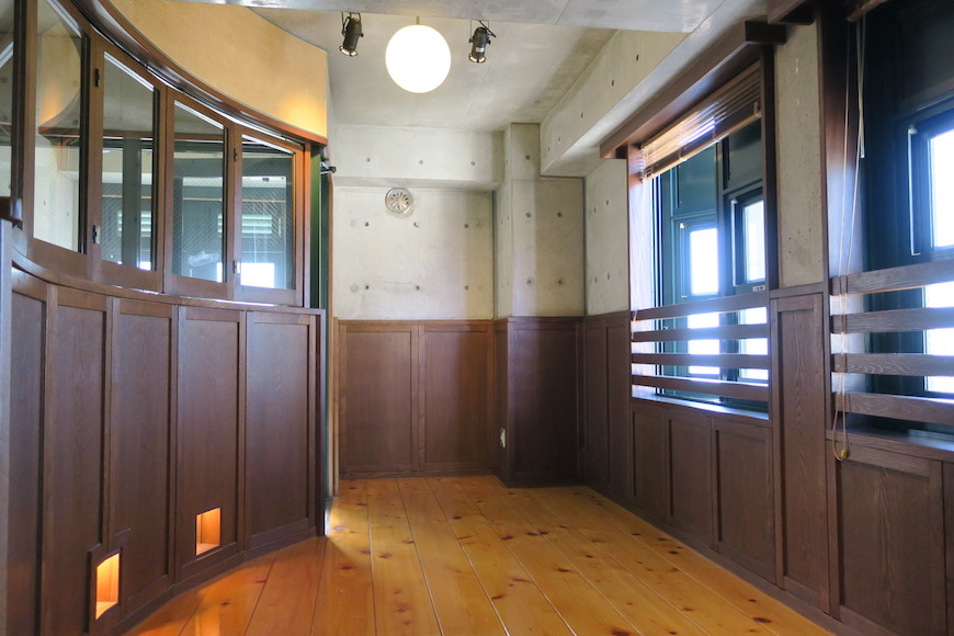 【2000 HOUSE】オアシスに響く水の音色と極上アンティークなお部屋。_0689