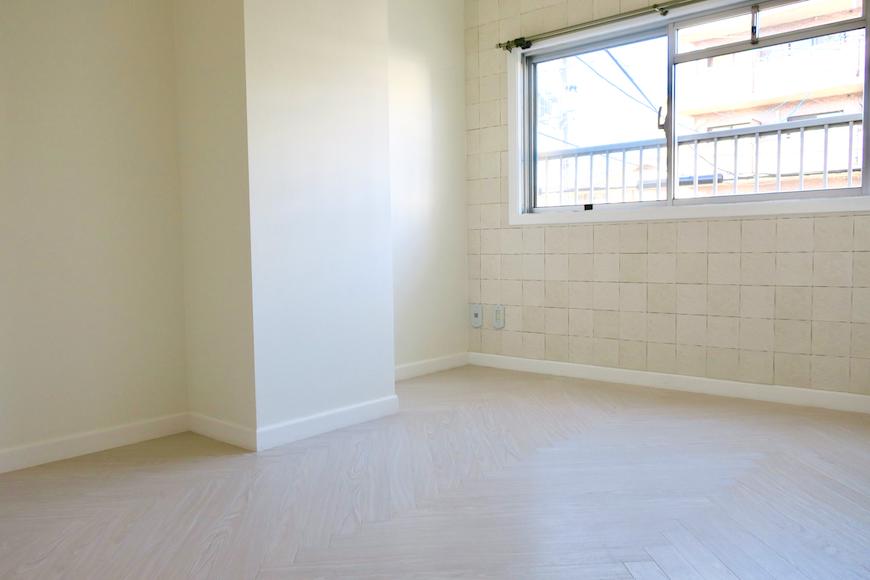ホワイトクラシカルなお部屋_1057 フレンチブルーがアクセント。優雅でクラシカルなお部屋。 【キャッスル東栄】