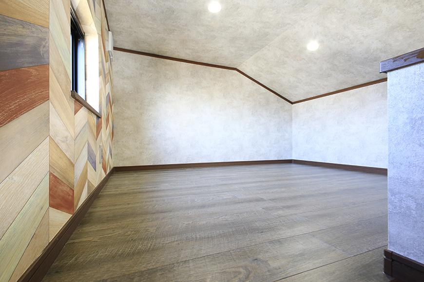 ロフトです☆  こちらも窓があり、明るく快適スペースです!_MG_0026
