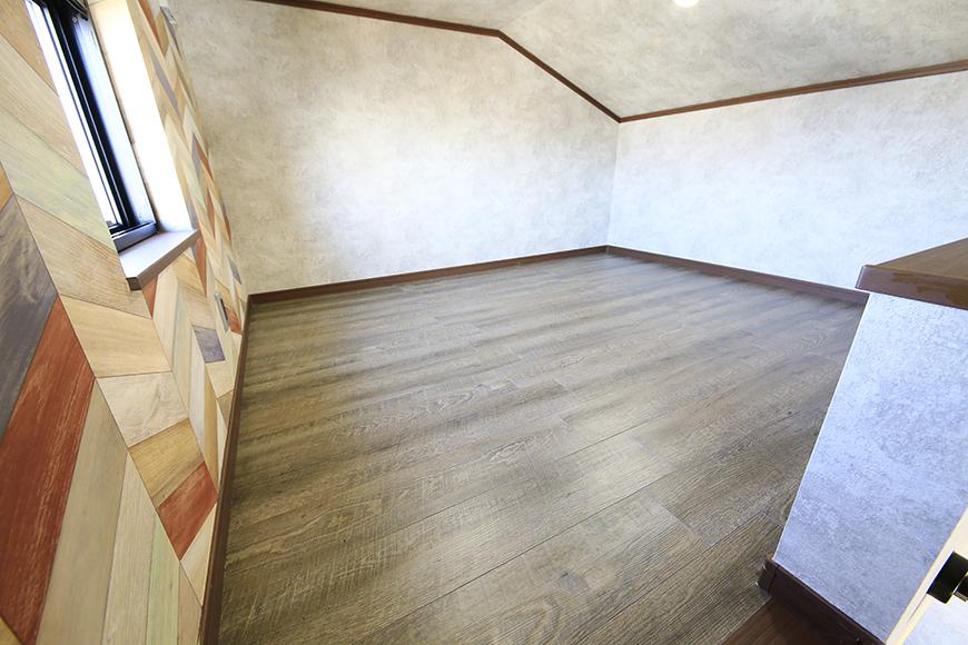 ロフトです☆  こちらも窓があり、明るく快適スペースです!_MG_0029