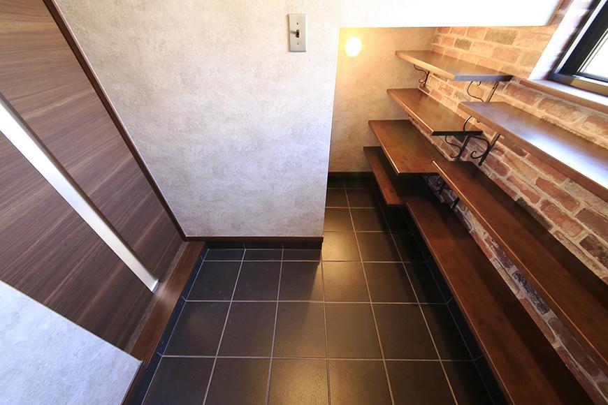 スタートからカフェ風のカッコイイ佇まいの玄関!_MG_9595