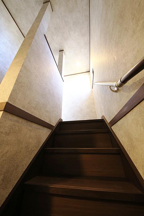 階段途中です!手すり完備で安心♪_MG_9805