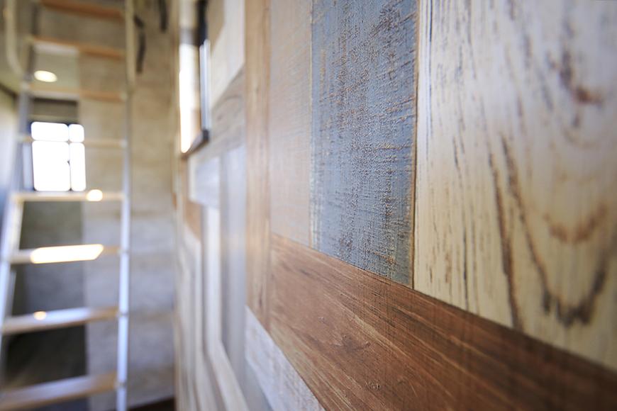 ステキな壁紙がお部屋の雰囲気を演出♪_MG_9907