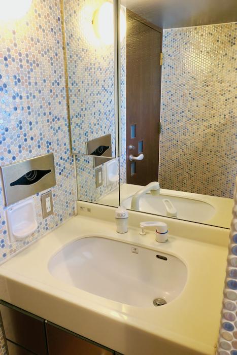 【2000 HOUSE】素晴らしい空間♡ 極上アンティークなお部屋。洗面・バスルーム3
