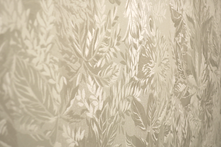 クラシカル壁紙。トイレ10 フレンチブルーがアクセント。優雅でクラシカルなお部屋。 【キャッスル東栄】