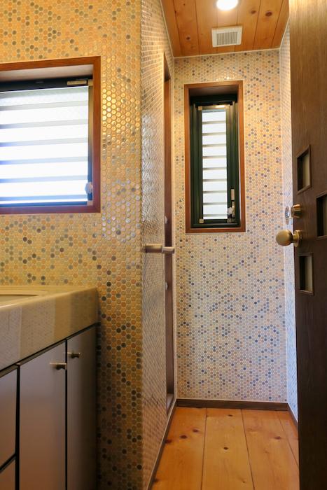 【2000 HOUSE】素晴らしい空間♡ 極上アンティークなお部屋。洗面・バスルーム1