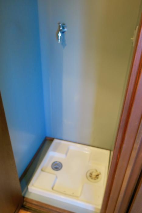 【2000 HOUSE】極上アンティーク空間。洗濯機置き場。