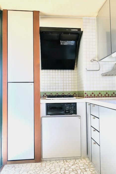 【2000 HOUSE】極上アンティーク空間 レトロキッチン