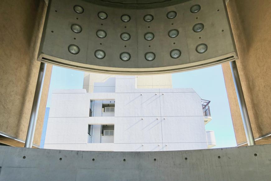 【2000 HOUSE】極上アンティーク空間。美しい建物のデザイン。