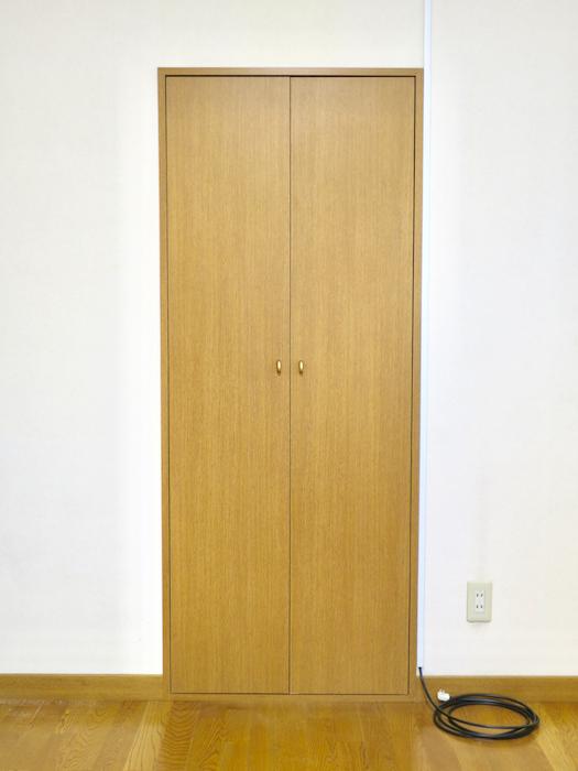 1Fプライベートルーム101 クローゼット。ユーカリの木かげにて リッチな暮らしが叶う家。 Ladies only【ユーカリの木の家】