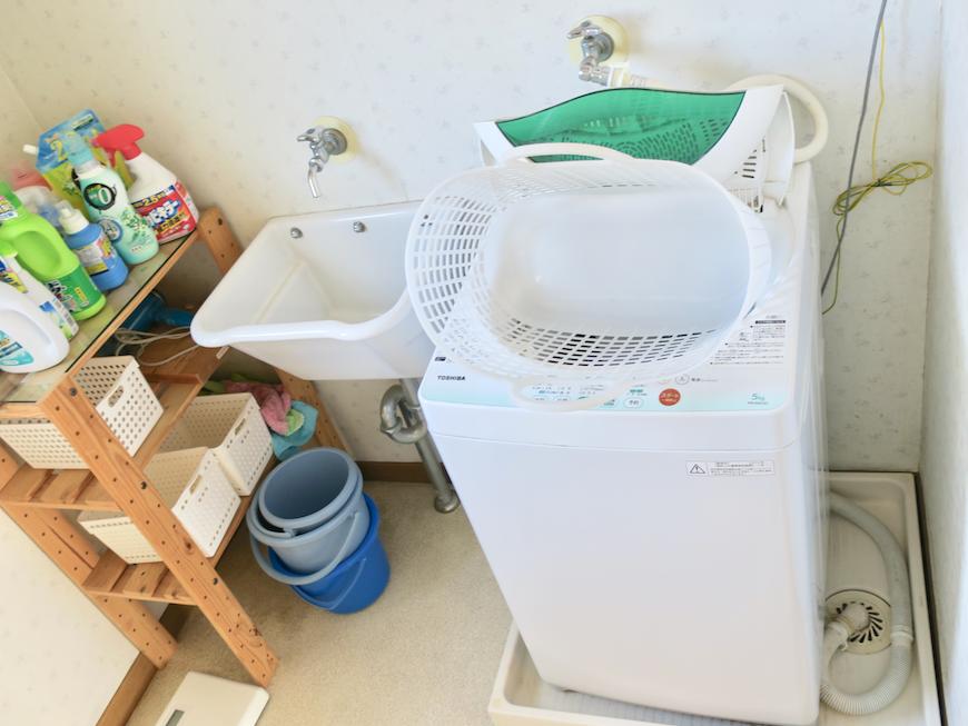 1F バスルーム 洗濯機置き場周り。ユーカリの木かげにて リッチな暮らしが叶う家。 Ladies only【ユーカリの木の家】