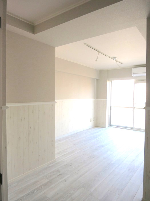 シャビーシックなお部屋。LDK 知性と品性が漂うお部屋。_8329