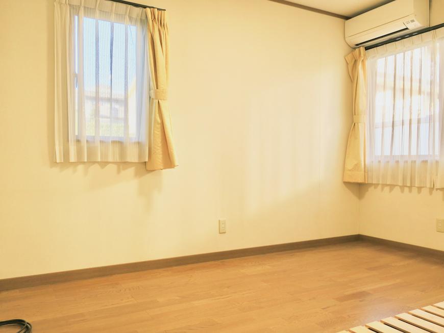 1Fプライベートルーム101 2面採光で当たり良好。ユーカリの木かげにて リッチな暮らしが叶う家。 Ladies only【ユーカリの木の家】