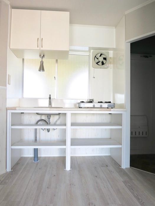 シャビーシックなお部屋。お洒落シンプルキッチン。_8247