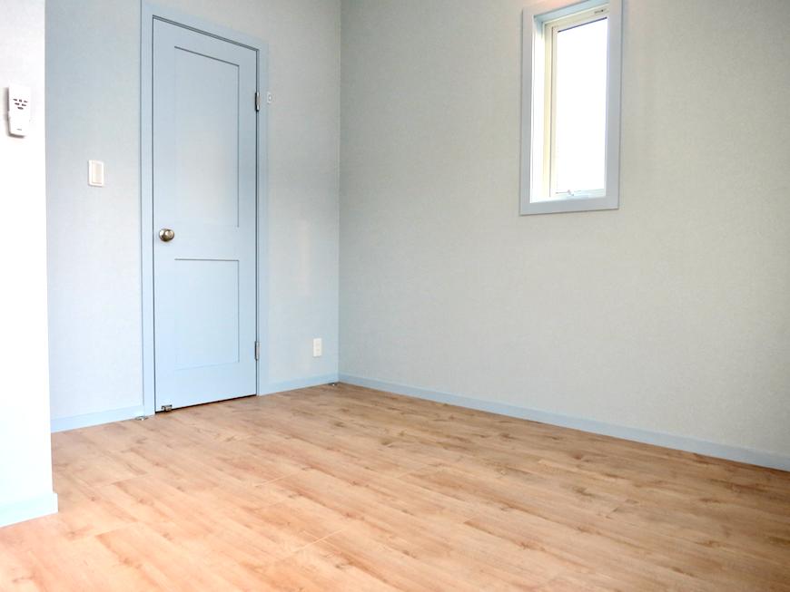 プリマノッツェ西尾 壱番館 プライベートルーム 扉とか壁紙のグラデーションが綺麗1