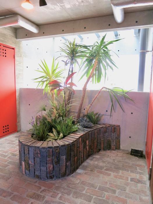 the LOFT 4-D 4階 お庭みたいな共用スペース2